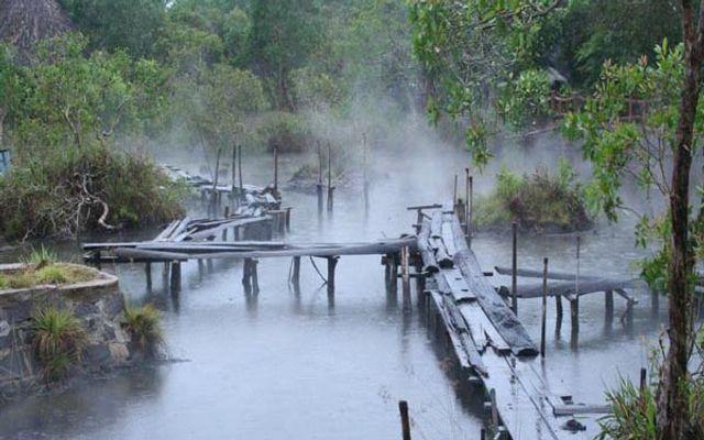 Suối Nước Nóng Kênh Gà ở Ninh Bình