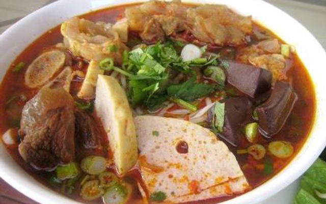 Bún Bò Huế - Nguyễn Sinh Cung ở Huế