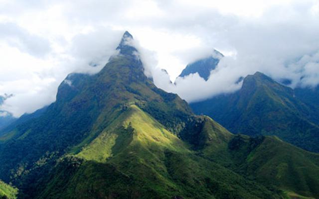 Núi Bạch Mã ở Huế