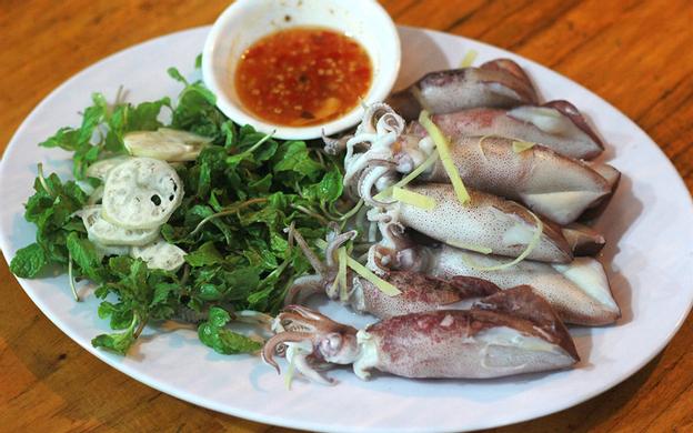 455 Lạc Long Quân, TT. Lăng Cô Phú Lộc Huế