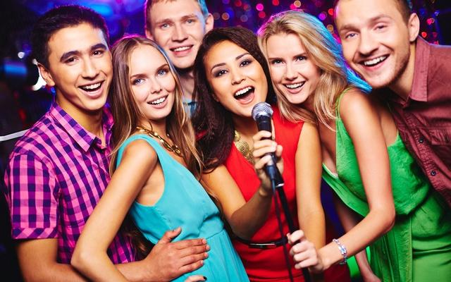 Sóng Nhạc Karaoke - Đường Số 1 ở TP. HCM