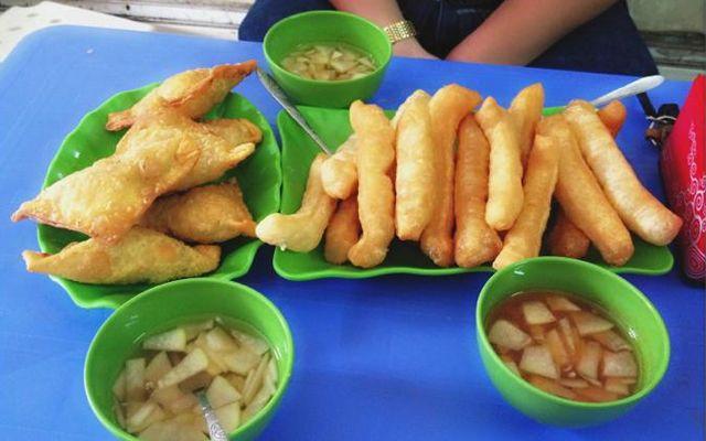 Quẩy Nóng, Bánh Gối - Nguyễn Lương Bằng ở Quận Đống Đa, Hà Nội | Foody.vn