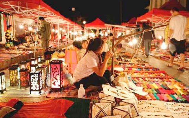 Chợ Đêm Tây Đô - Cách Mạng Tháng 8 ở Cần Thơ