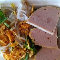 Việt Ngon - Bánh Cuốn Nóng & Xôi Khúc