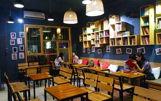 Mọt - Cafe Sách - Nguyễn Công Trứ ở Huế