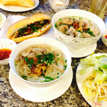 Bánh Canh Gò Dầu Cô Phượng - Trần Quốc Toản