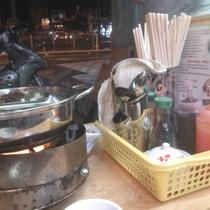 Lẩu Bò - Hủ Tiếu Bò Viên - Trần Quốc Thảo