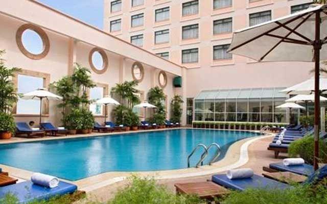 Hồ Bơi Pool - Khách Sạn Sheraton Saigon ở TP. HCM