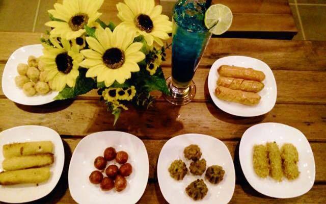 May Cafe - Hàm Nghi ở Quảng Trị