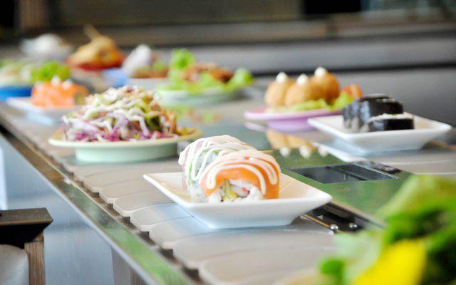 Tokyo Ginza Koma - Buffet Băng Chuyền