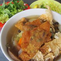 Saigon's Other Lunch Lady - Điện Biên Phủ
