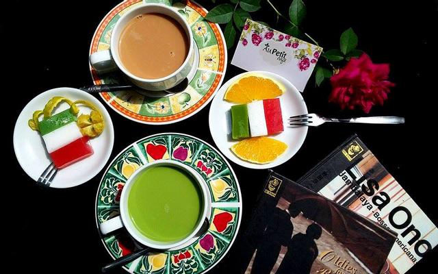 Au Petit Cafe - Tùng Thiện Vương - Lô 30B Tùng Thiện ở Huế