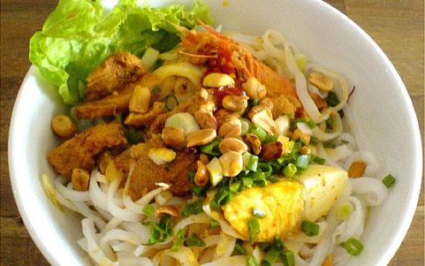 Mì Quảng - Phan Xích Long