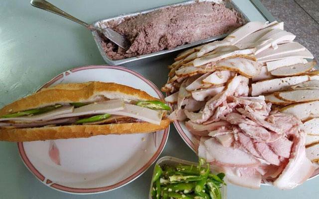 Bánh Mì Tiến Thành - Phan Châu Trinh ở Đà Nẵng