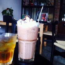 Đen Cafe - Cao Lỗ
