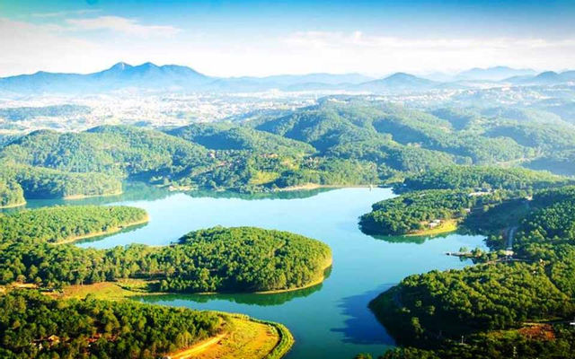 Hồ Tuyền Lâm ở Lâm Đồng