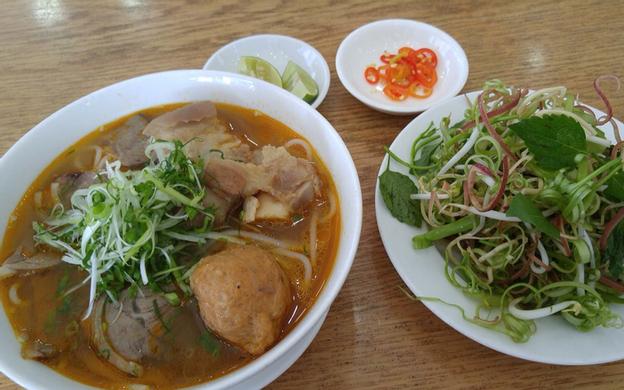 325 Võ Văn Tần, P. 5 Quận 3 TP. HCM
