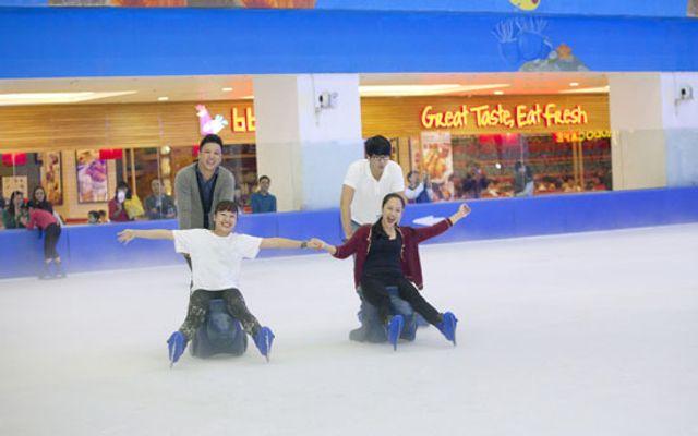 Sân Trượt Băng Vinpearlland Ice Rink - Vincom Biên Hòa ở Đồng Nai