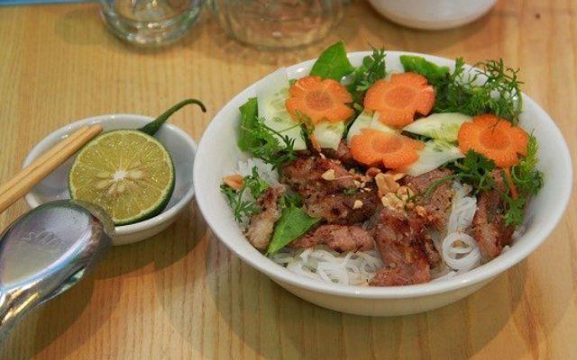 Bún Thịt Nướng - Bún Mắm - Nguyễn Trường Tộ ở Huế