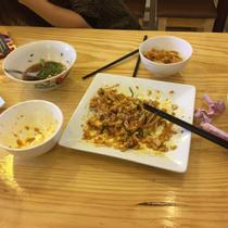 8 Boat Noodle Saigon - Mì Thái