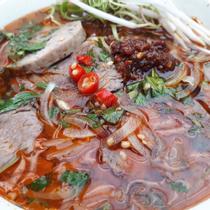 Bún Bò Huế - Phan Văn Trị