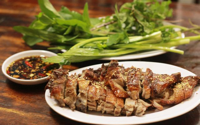 Hà Nga - Vịt Quay, Lẩu Sườn Bò, Đuôi Bò ở Lạng Sơn