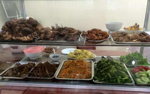 Thị Mẹt - Bún Đậu, Cơm Sườn ở Lạng Sơn