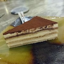 Nôm Nôm Restaurant & Cafe