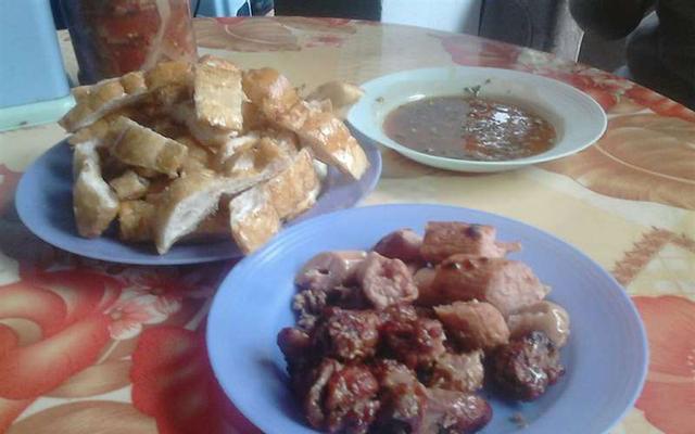 Cô Khanh - Bánh Mì Nướng ở Lạng Sơn