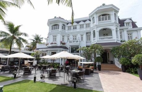 Villa Song Saigon Resort