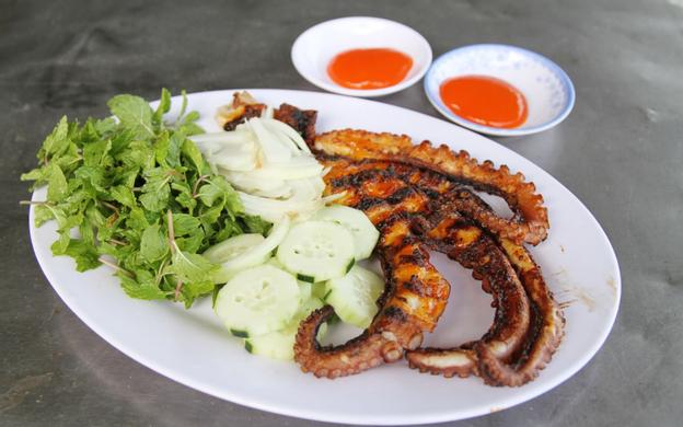 111 Phan Đình Phùng, P. Cam Thuận Tp. Cam Ranh Khánh Hoà