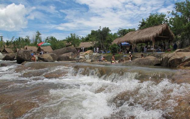 Thôn Suối Lau 2, Xã Suối Cát Cam Lâm Khánh Hoà