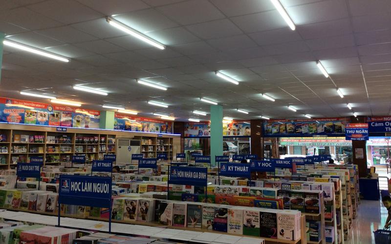 Nhà Sách Nguyễn Văn Cừ ở Quận 10, TP. HCM | Foody.vn