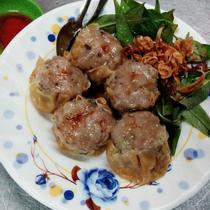 Trái Cây Dĩa Trúc - Nguyễn Cảnh Chân
