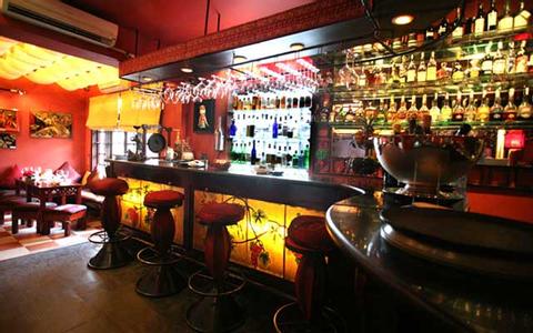 Những hầm rượu đáng thử nhất Hà Nội