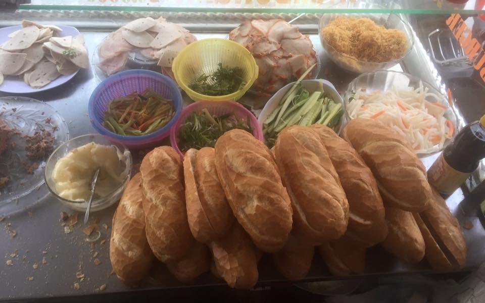 Bánh Mì Ba Lắc