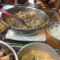 Chị Tuyền - Bún Thịt Nướng