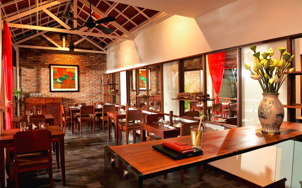 Hum Vegetarian - Restaurant Cafe