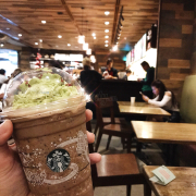 Special drink dịp holiday của starbucks