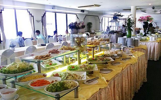 Oscar Saigon Buffet - Nguyễn Huệ