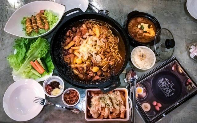 Han Cook Cafe & Food