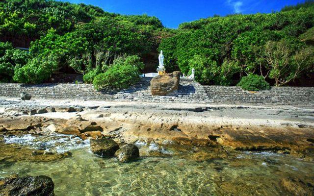 Chùa Hang - Đảo Lý Sơn ở Quảng Ngãi