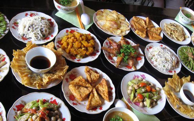 Sân Mây - Món Chay - Thanh Tịnh ở Huế