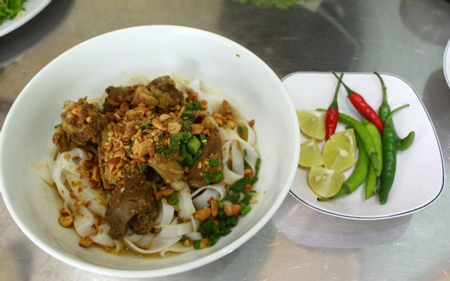 Mì Quảng Bé Liên - 106 Nguyễn Thị Định ở Đà Nẵng