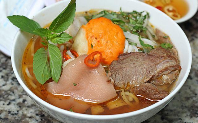 Bún Bò Giò Chả - Đặng Tất ở Huế