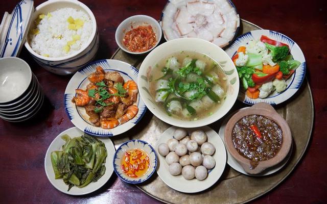 Mậu Dịch BBQ - Nướng & Lẩu ở Lâm Đồng