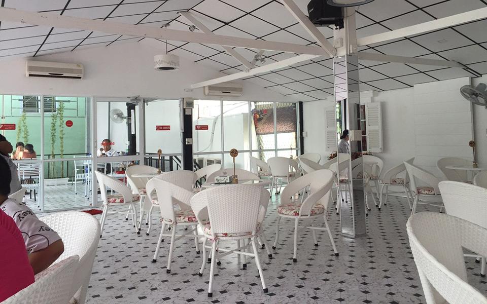 Zest Bistro & Cafe - Huỳnh Cương