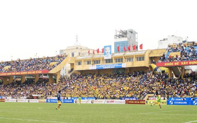 Sân Vận Động Hàng Đẫy - Trịnh Hoài Đức ở Hà Nội