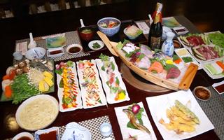 Sushi World - Hoàng Văn Thụ
