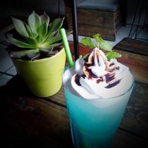 Đen Đá Cafe - Trà Sữa & Trà Đào - Nguyễn Thượng Hiền